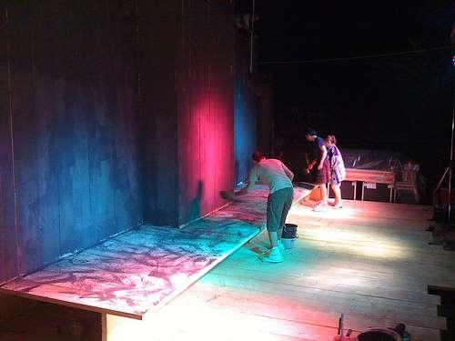 Preparazione - pittura fondale palco